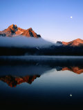 Dawn at Stanley Lake, Sawtooth Mountains, Near Stanley, Stanley, Idaho Photographic Print by Holger Leue