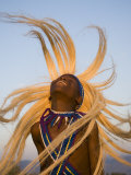 Intore Dancer Flicking His Hair, Rwanda Fotografisk tryk af Ariadne Van Zandbergen