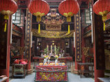 Sze Yah Temple, Chinatown, Kuala Lumpur, Wilayah Persekutuan, Malaysia Photographic Print by Greg Elms