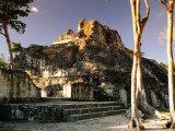 Edificio X at Rio Bec Mayan Ruins, Becal, Campeche, Mexico Fotografie-Druck von Witold Skrypczak