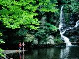 Boys Fishing by Deer Leap Falls, Delaware Water Gap, Pennsylvania Fotografisk tryk af Margie Politzer