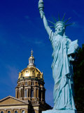 Statue of Liberty, State Capitol Grounds, des Moines, Iowa Photographic Print by Richard Cummins