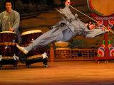 Dancer Performing at Korea House, Myong-Dong, Seoul, South Korea Fotografisk tryk af Anthony Plummer