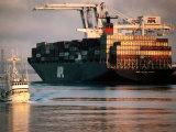 Port of Oakland, Container Ship at Dock, Oakland, California Fotografisk tryk af John Elk III