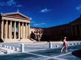 Runner Outside Philadelphia Museum of Art, Philadelphia, Pennsylvania Fotografisk tryk af Margie Politzer