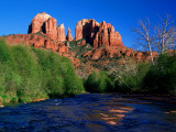 Cathedral Rock Above Oak Creek at Red River Crossing, Sedona, Arizona Fotografisk tryk af David Tomlinson