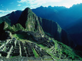 Ancient Ruins on Hillside, Machu Picchu, Cuzco, Peru Photographie par Richard I'Anson