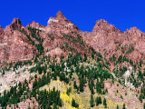 Red Mountains Near Maroon Bells, Aspen, Colorado Photographic Print by Holger Leue