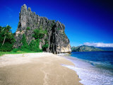 Rock Formation on Beach, New Caledonia, North Province, New Caledonia Fotografie-Druck von Peter Hendrie