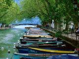 Boats on Canal du Vasse, Annecy, Rhone-Alpes, France Fotografie-Druck von John Elk III