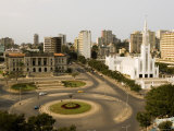 Town Hall, Catholic Cathedral and Roundabout, Maputo, Mozambique Fotografisk tryk af Ariadne Van Zandbergen