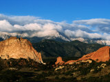 Garden of the Gods and Pikes Peak at Sunrise, Colorado Springs, Colorado Photographic Print by Holger Leue