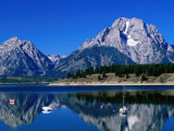 Mount Moran Reflected in Jackson Lake, Grand Teton National Park, Wyoming Photographic Print by Holger Leue