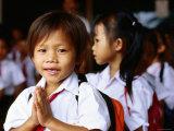 Local School Children Assemble Before School, Kampot, Cambodia Photographie par Daniel Boag