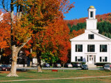 Orange County Courthouse with Autumn Leaves, Chelsea, Vermont Fotografisk tryk af John Elk III