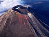 Mt. Ngauruhoe Crater, Tongariro National Park, New Zealand Photographic Print by Oliver Strewe