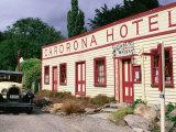 Historic Cardrona Hotel, Built 1863, Wanaka, New Zealand Fotodruck von Glenn Van Der Knijff