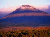 Mt. Ngauruhoe, Tongariro National Park, New Zealand Fotografisk tryk af Michael Gebicki