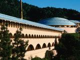 Marin City Civic Center by Frank Lloyd Wright in San Rafael, San Rafael, California Fotografisk tryk af John Elk III