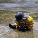 Child in the Rain Affiche par Nicole Katano