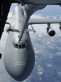 KC-10 Extender Refuels a C-5 Galaxy, July 23, 2007 Photographic Print by  Stocktrek Images