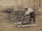 Railroad Construction Worker Straightening Track, c.1862 Posters af Andrew J. Johnson