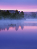 Canoeist on Lake at Sunrise, Algonquin Provincial Park, Ontario, Canada Fotografie-Druck von Nancy Rotenberg