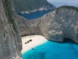 Aerial View of Shipwreck Beach, Zakynthos, Ionian Islands, Greece Reproduction photographique par Walter Bibikow