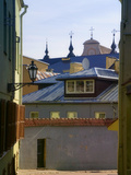 Traditional Houses in the Old Town, Vilnius, Lithuania Fotoprint van Keren Su
