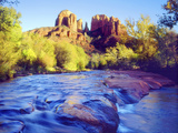 Cathedral Rock Reflecting on Oak Creek, Sedona, Arizona, USA Photographie par Christopher Talbot Frank