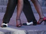 Tango Dancers' Feet, San Miguel De Allende, Mexico Fotografie-Druck von Nancy Rotenberg