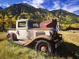 Old International Pickup Near Lake City, Colorado, USA Photographie par Dennis Flaherty