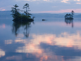 Dawn on Lake Winnepesauke, Moultonboro Neck, Moultonboro, New Hampshire, USA Fotografie-Druck von Jerry & Marcy Monkman