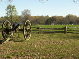 Confederate Artillery Aimed at Peach Orchard Next to Manse George's Cabin Photographie