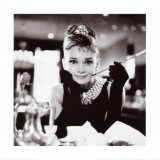 Audrey Hepburn en Desayuno con diamantes (Audrey Hepburn in Breakfast at Tiffany's) Póster