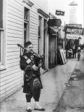 Scottish Bagpiper Lminas por Irving Underhill