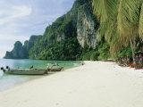 Ao Ton Sai Bay, Phi-Phi Don Island, Krabi Province, Thailand, Asia Photographic Print by Gavin Hellier