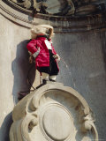 Manneken Pis, Brussels, Belgium Photographic Print by G Richardson
