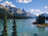 Maligne Lake, Rocky Mountains, Alberta, Canada Photographic Print by Hans Peter Merten