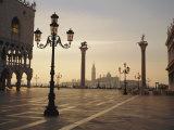 St. Mark's Square, Venice, Veneto, Italy Fotografisk tryk af Roy Rainford