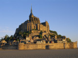 Mont St.Michel at Dusk, La Manche Region, Basse-Normandie, France Fotografie-Druck von I Vanderharst