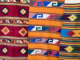 Traditional Woven Fabrics in Tourist Shops, Mitla, Oaxaca, Mexico, North America Photographie par Robert Harding