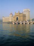 Gateway of India Arch and Taj Mahal Intercontinental Hotel, Mumbai, Maharashtra State, India Photographic Print by Gavin Hellier