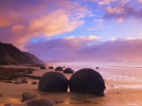 Moeraki Boulders, Moeraki, Otago, South Island, New Zealand, Pacific Fotografisk tryk af Jochen Schlenker