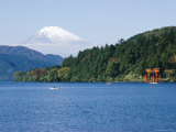 Lake Ashino-Ko, Mt. Fuji in the Background, Japan Photographic Print by Rob Mcleod
