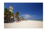 Playa Del Carmen with The El Faro Mexico Reproduction photographique par George Oze