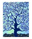 Blue Tree Fotografie-Druck von Vicky Brago-Mitchell
