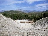 Ancient Greek Theatre, Epidaurus, Unesco World Heritage Site, Peloponnese, Greece, Europe Fotografisk tryk af Oliviero Olivieri