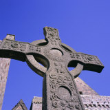 Replica of St. John's Cross, Abbey, Island of Iona, Scotland, UK, Europe Fotografisk tryk af Geoff Renner