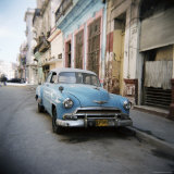 Old Blue American Car, Cienfugeos, Cuba, West Indies, Central America Photographic Print by Lee Frost